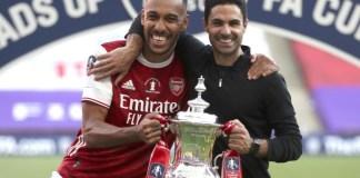 Pierre-Emerrick Aubameyang and Mikel Arteta after Arsenal won the 2020 English FA Cup