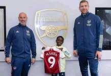 Arsenal sign Munir Sada