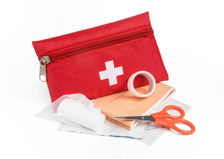 trousse de premiers secours en entreprise