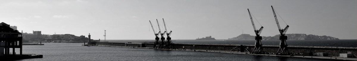 Marseille, la digue du large