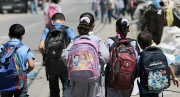 نقابات تعليمية جزائرية تحذر من مصير مجهول لملايين التلاميذ