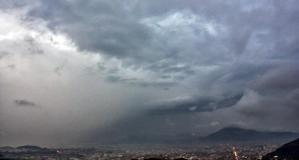 توقعات أحوال الطقس ليوم الثلاثاء 13 ماس