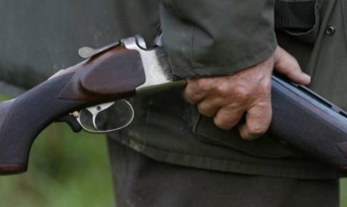 صراع حول الأرض ينتهي بجريمة قتل أخ لشقيقه بالرصاص