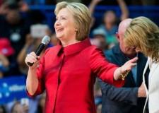 هيلاري كلينتون تسعى لرئاسة الفيسبوك