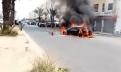 بالفيديو : حريق يلتهم سيارتين وسط  حي السلام أكادير