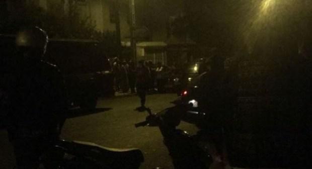 """اكادير: سائق يطعن ويدهس امرأة ثلاثينية بعدما نزلت من سيارته """"الدوستر"""""""