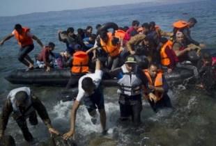 فقدان نحو 117 مهاجرا و إنقاذ 3 آخرين في عرض البحر