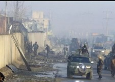 هجوم لطالبان على معسكر للجيش يخلف مقتل 126 شخصا
