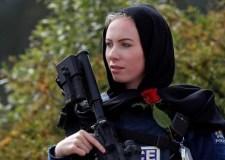 النيوزيلنديات يتضامنن مع ضحايا مذبحة الجمعة بارتداء الحجاب