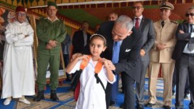 """سيدي إفني: استفادة أزيد من 17 ألف تلميذ وتلميذة من المبادرة الملكية """"مليون محفظة"""""""