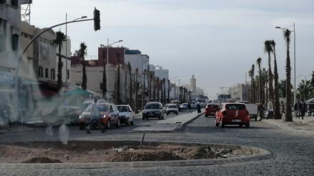 """سكان أكادير يوقعون عريضة لإسقاط """"مدارات الأحجار"""""""