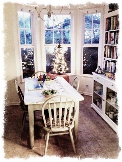 kitchen-christmas_1S.jpg