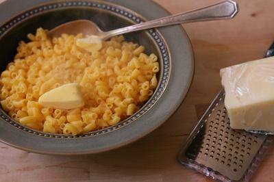 macarrao_manteiga_queijo.jpg