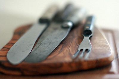 old_knives_1S.jpg