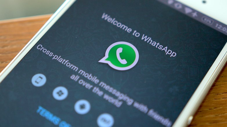 View WhatsApp status without letting your contacts know