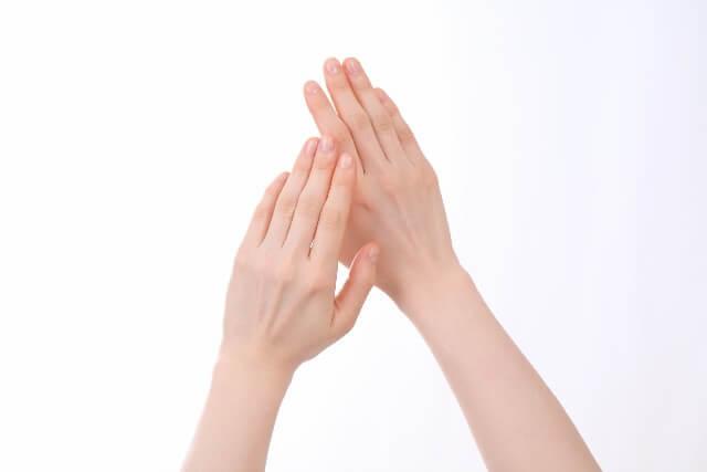 指のキレイな手
