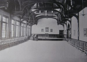 An early 1910 prospectus picture of the Newcastle High School Hall.