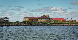 high-tide-churchill-wild-seal-river-heritage-lodge-glenn-bloodworth