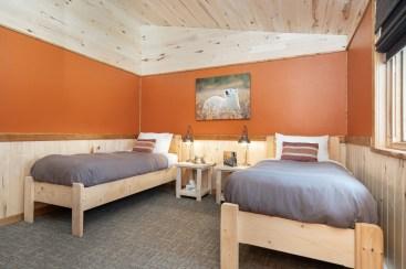 twin-room-churchill-wild-nanuk-polar-bear-lodge-scott-zielke