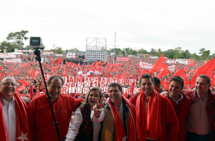 Oficialismo demostró su fuerza electoral en multitudinario acto. Alliana quiere la unidad de los paraguayos.
