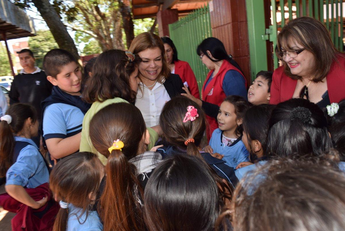Sandra Zacarías aseguró que seguirá apostando fuerte por la educación de CDE.
