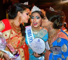 Dutch Beauty Preetanji Rai Is Miss Divali Nagar 2018