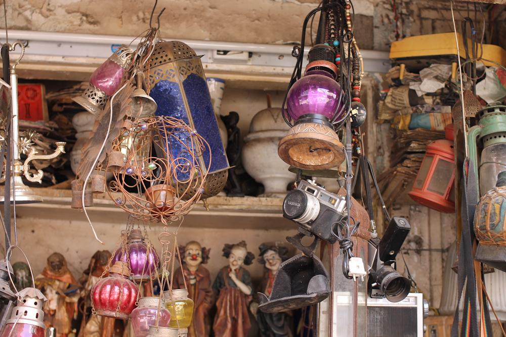 Chor Bazaar Mumbai Antique Market Chuzai Living