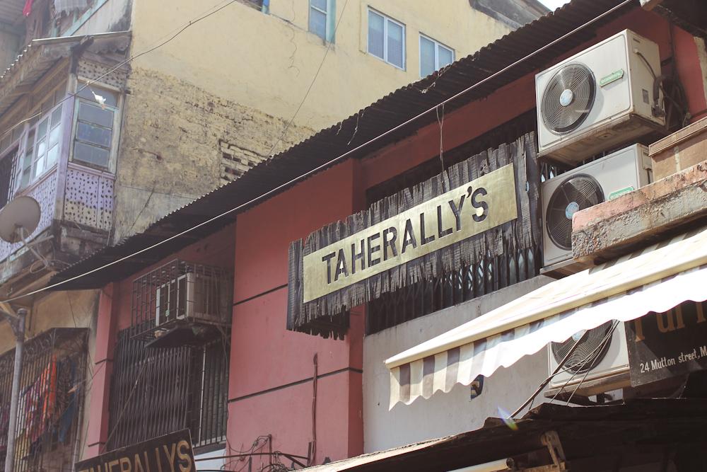 Chor Bazaar Mumbai-5