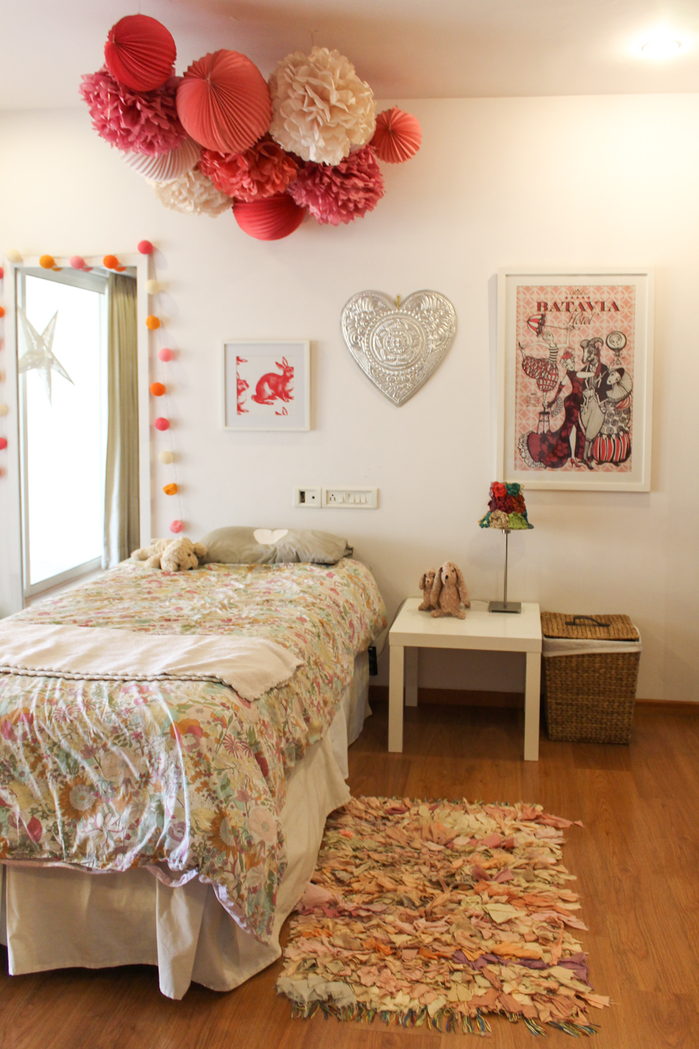 Kids Room with Pom-poms-20