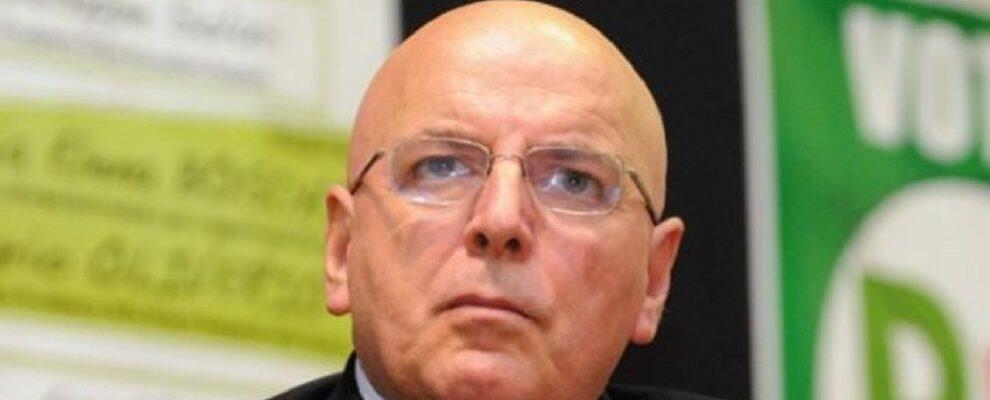 """Oltre ai due vitalizi, arriva la pensione per il Presidente Oliverio. """"A riposo"""" dal 1980"""