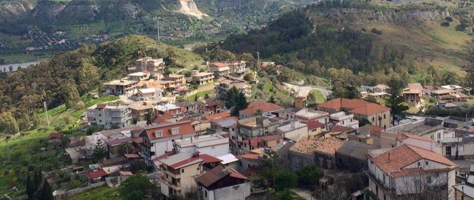 L'associazione dei commercianti cauloniese ribadisce la propria apartiticità