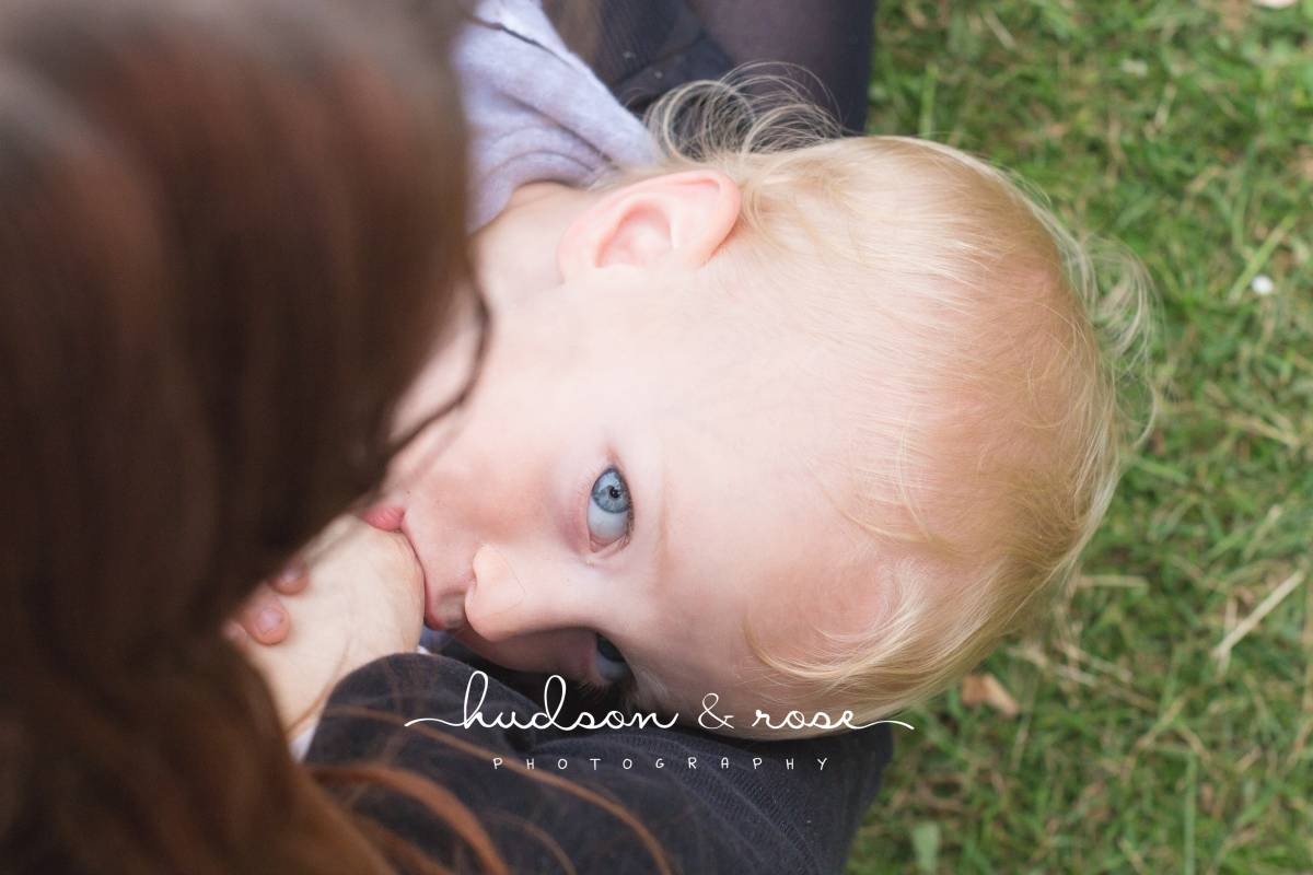 hudsonandrosephotography-breastfeeding (1 of 1)