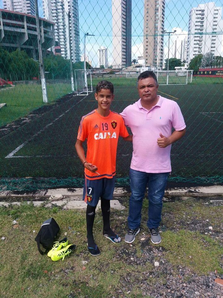 Richarles da Escolinha do NOEC é aprovado para o Sport Recife