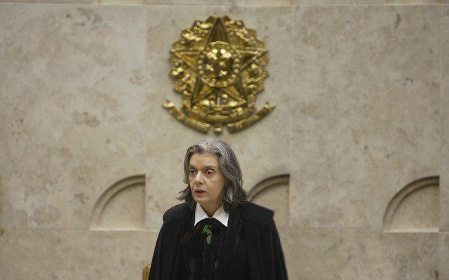 Cármen Lúcia se reúne com ministros para discutir prisões após segunda instância