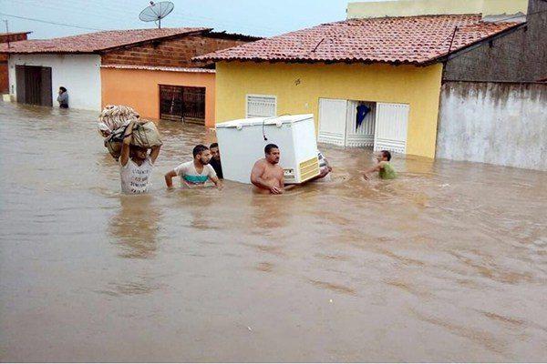 Enchente atinge 1,6 mil famílias no Maranhão