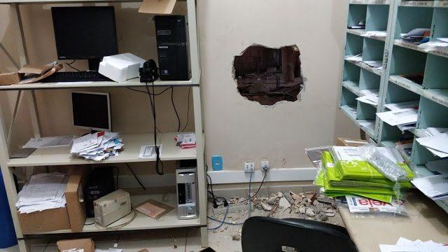 Criminosos fazem buraco na parede e arrombam Agência dos Correios em Godofredo Viana
