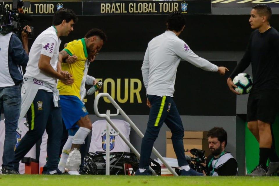 CBF corta Neymar da seleção da Copa América