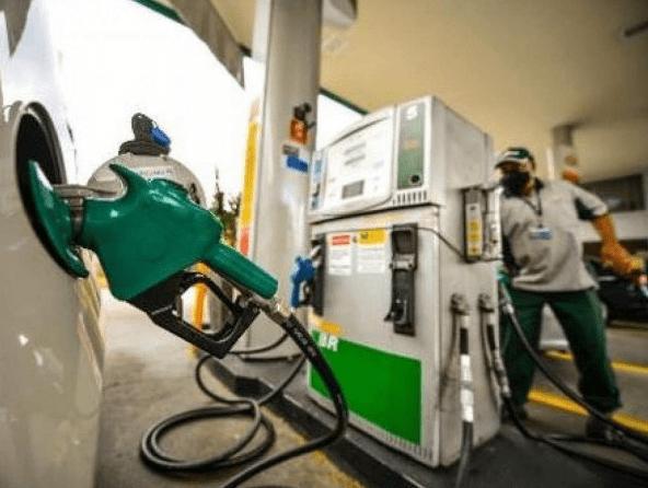 Petrobras aumenta diesel em 9,2% e gasolina em 7% a partir de amanhã