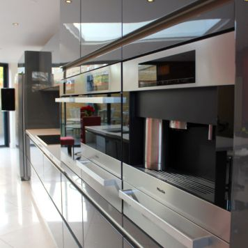 High Gloss Kitchen in Fulham