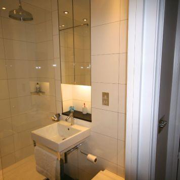 Modern Bathroom in Chelsea