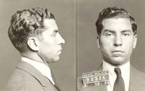 Cuando Lucky Luciano y la Mafia ayudaron a los aliados a ganar la guerra.