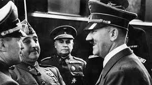 Franco es recibido por Hitler en Hendaya.