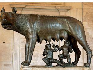 Rómulo y Remo y la loba