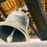 Por qué la iglesia utiliza las campanas