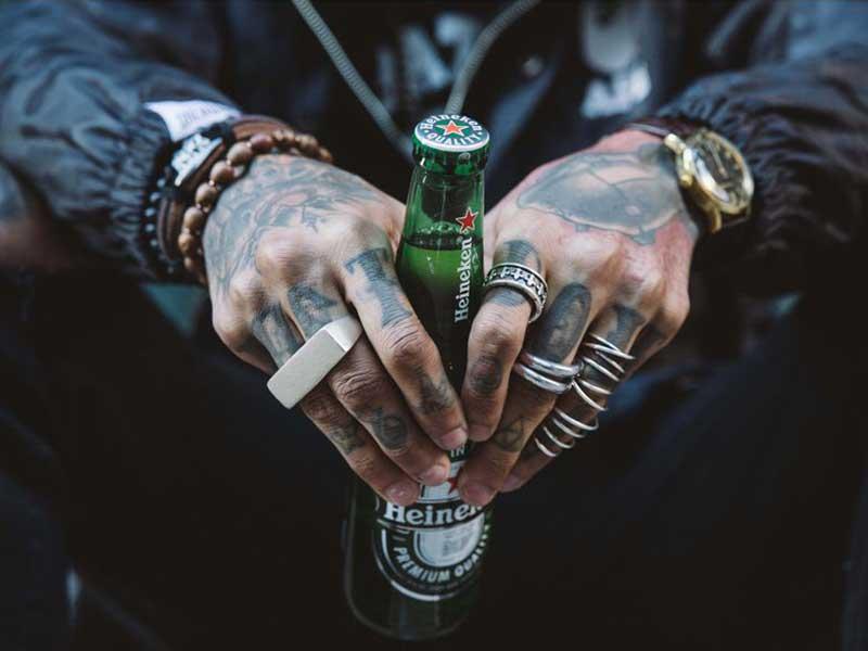 Heineken retira un comercial tras ser tachada de racista