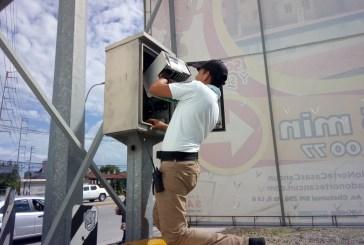 Lluvias provocan serias fallas en sistema de semáforos en Cancún