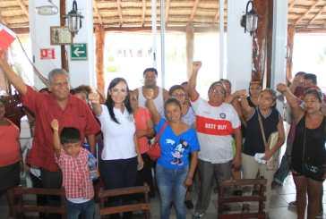 Antorcha Campesina va con Laura Fernández en Puerto Morelos