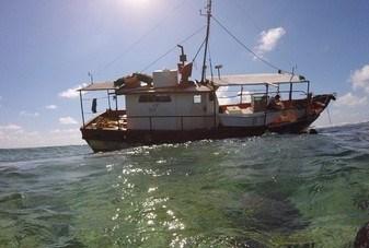 """Encalla embarcación """"Fallito"""",en el Parque Nacional arrecife Alacranes"""