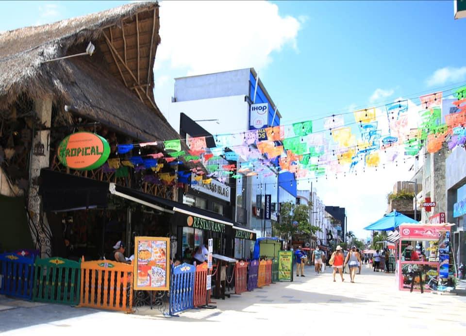 Turismo nacional empieza su arribo a Quintana Roo