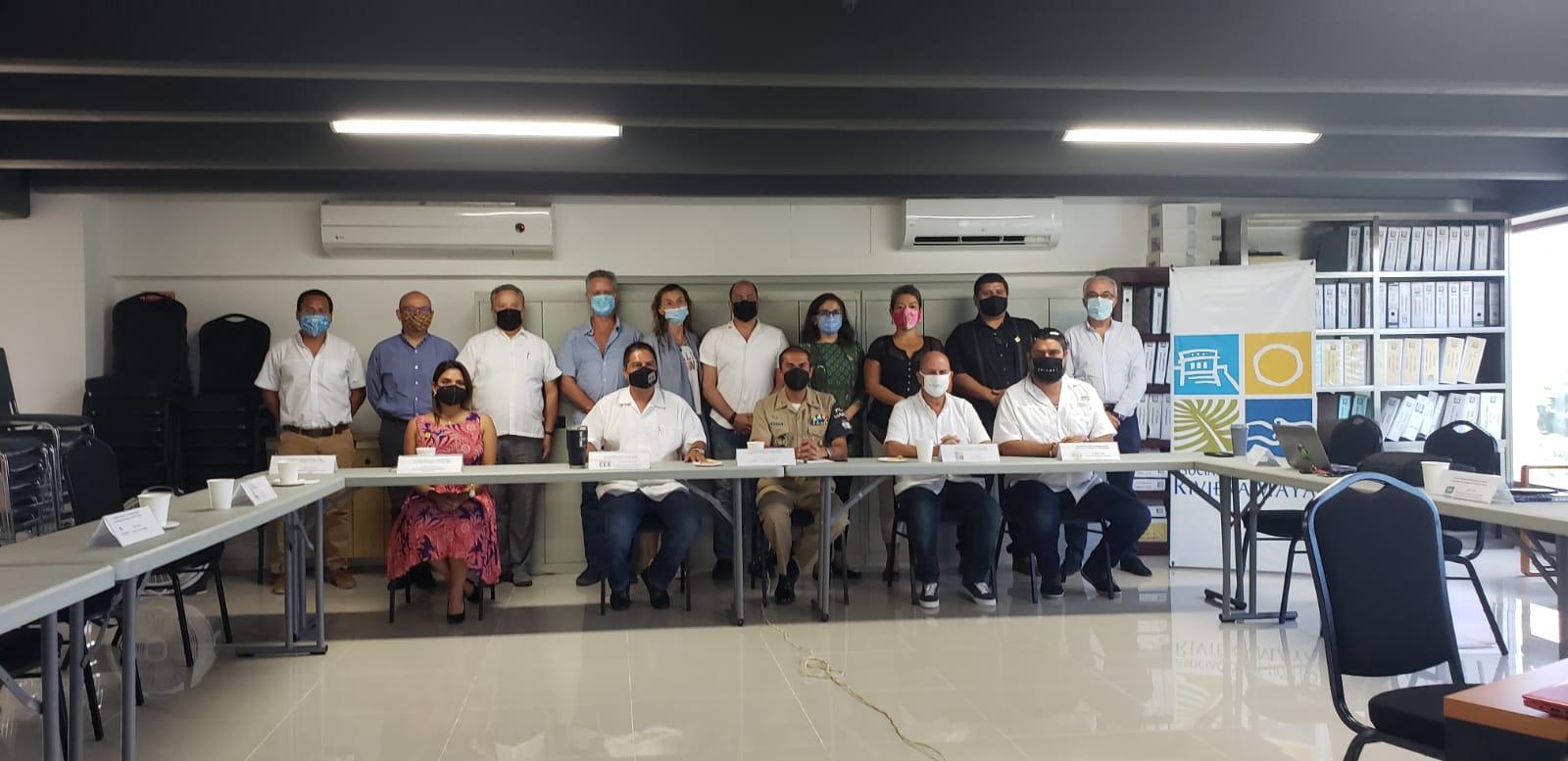 CREAN FRENTE COMÚN PARA ATENDER PROBLEMA DEL SARGAZO EN LA RIVIERA MAYA